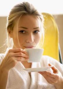 woman_drinking_tea_01_07