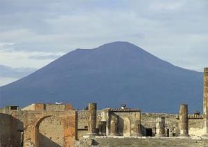 380px-Pompei_und_Vesuv